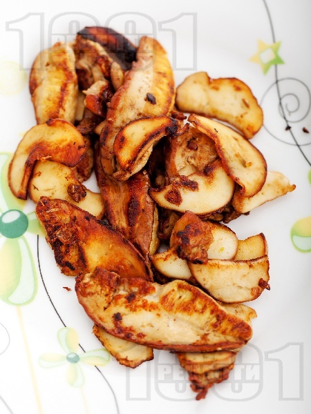 Задъшени гъби манатарки в масло на тиган за предястие или гарнитура - снимка на рецептата